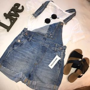 URBAN OUTFITTERS OVERALLS BRAND NEW